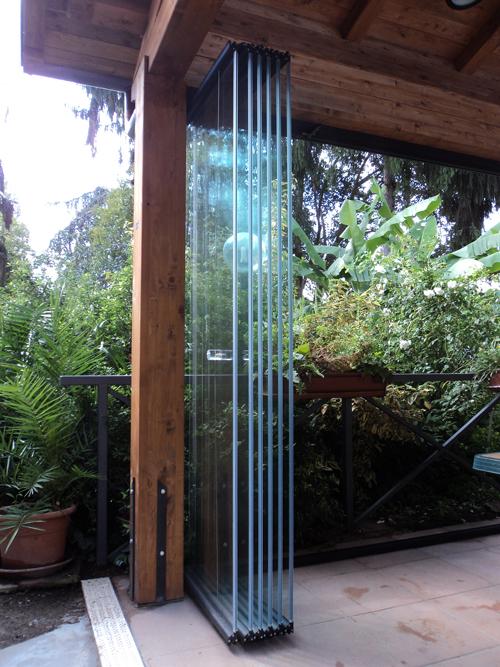 Vetrate pieghevoli per esterno orvi serramenti vendita for Tutto per terrazzo