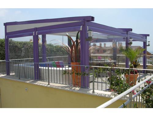 Orvi: la chiusura per balcone in pergotenda