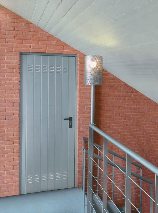 Dierre Club, modello Club: porta metallica zincata