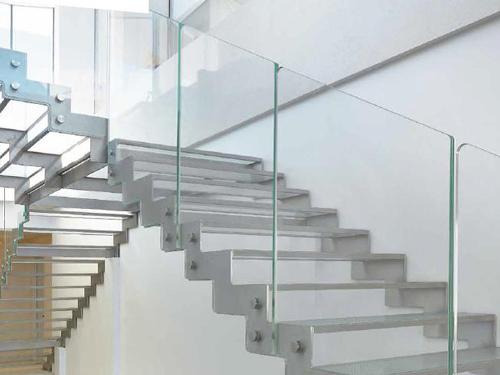 Scale a giorno di design Fontanot LaFont