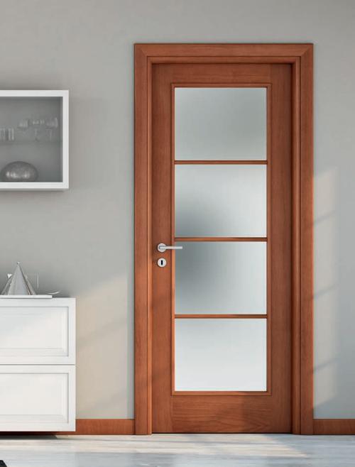 Porte in legno classiche per interni porte in stile - Porte noce tanganica ...