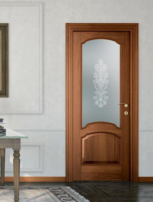 Porta da interno in noce nazionale classica mod st 613v gruppo orvi serramenti - Offerta porte da interno ...