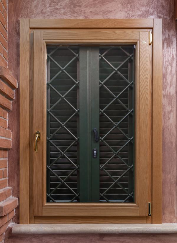 Finestre in legno massello e lamellare gruppo orvi - Orvi porte e finestre ...