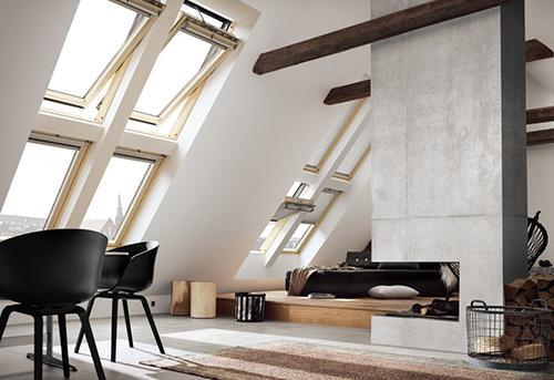 Finestre velux da tetto velux lucernari misure gruppo for Velux tetto in legno