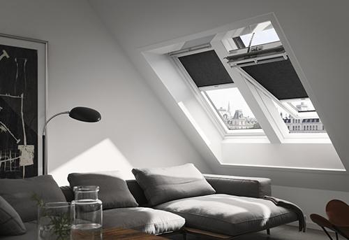 Finestre velux da tetto velux lucernari misure gruppo for Prezzo velux integra