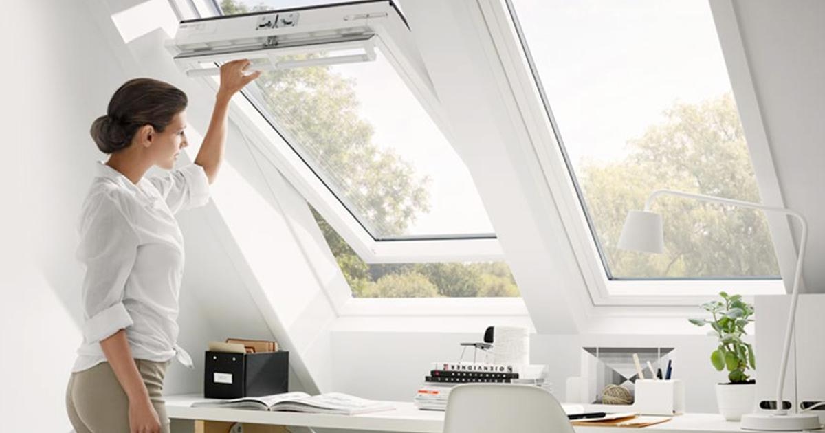 Finestre da tetto velux finestra da tetto e lucernario for Finestra da tetto